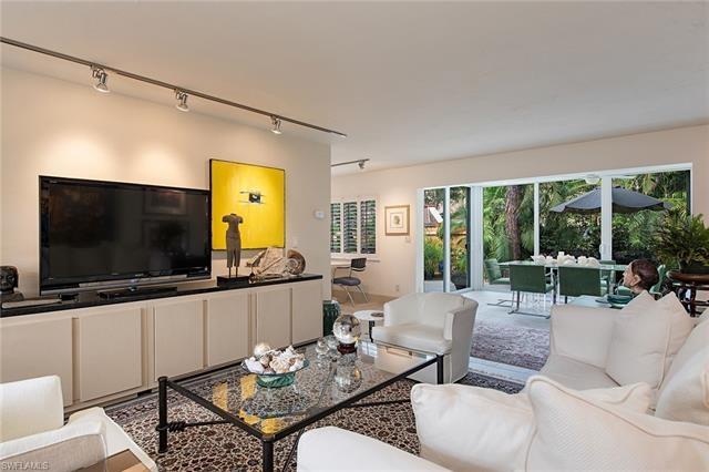 Lakeview Pines, Naples, Florida Real Estate