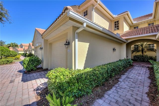13091 Pebblebrook Point Cir 201 Fort Myers Fl 33905