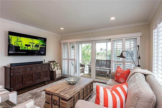Swan Lake Club, Naples, Florida Real Estate