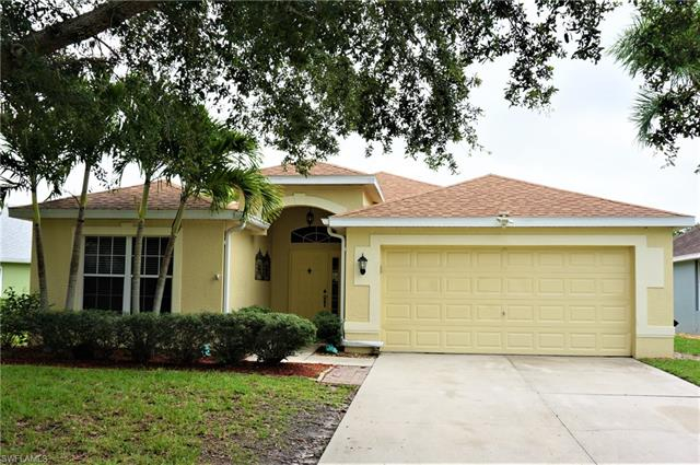 Lakes at Three Oaks, Fort Myers, Florida Real Estate