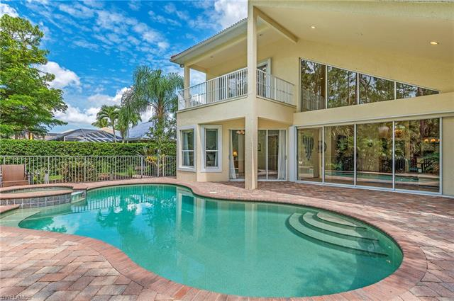 Wilshire Lakes, Naples, Florida Real Estate
