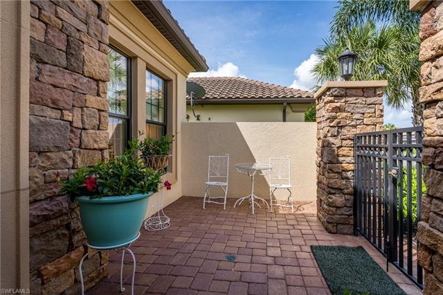 220042403 Property Photo
