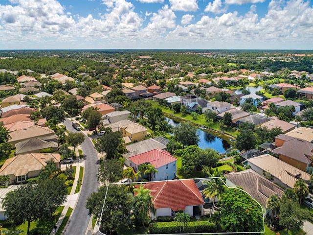 Laurel Lakes, Naples, Florida Real Estate