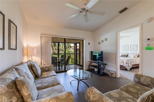 Court Of Palms, Marco Island, Florida Real Estate