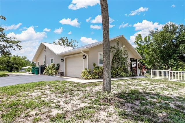 221000560 Property Photo