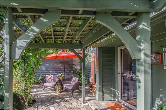 Bent Pine Villas, Naples, Florida Real Estate