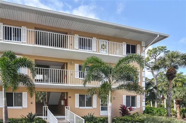 Naples Sandpiper Bay Club, Naples, Florida Real Estate
