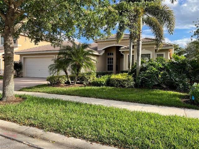 Saturnia Lakes, Naples, Florida Real Estate