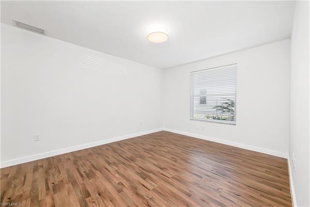 221025178 Property Photo