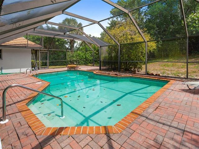 221027242 Property Photo