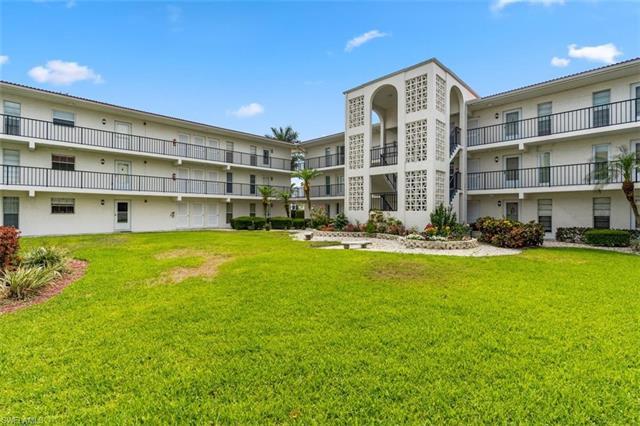 High Point, Naples, Florida Real Estate
