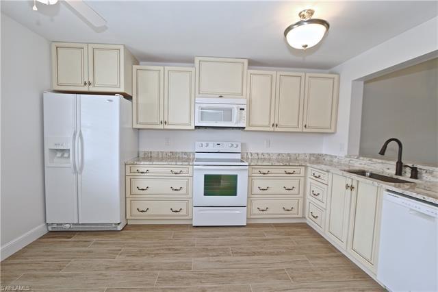 221033446 Property Photo