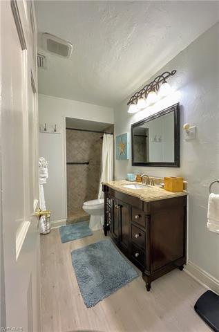 221038921 Property Photo