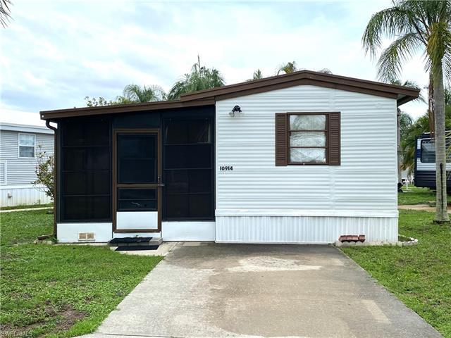 221044312 Property Photo