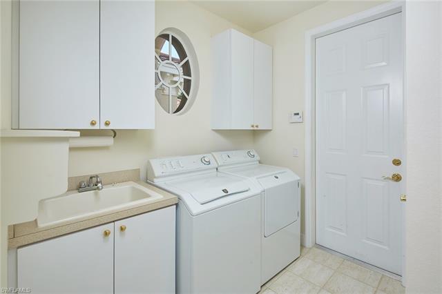 221048997 Property Photo