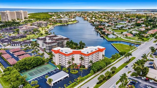 Lely - Sussex Place, Naples, Florida Real Estate