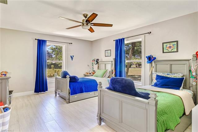 221055965 Property Photo