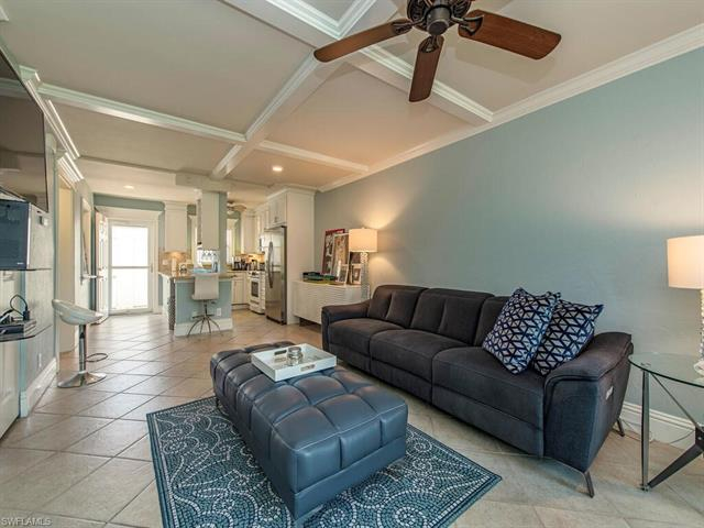 Village Green, Naples, Florida Real Estate