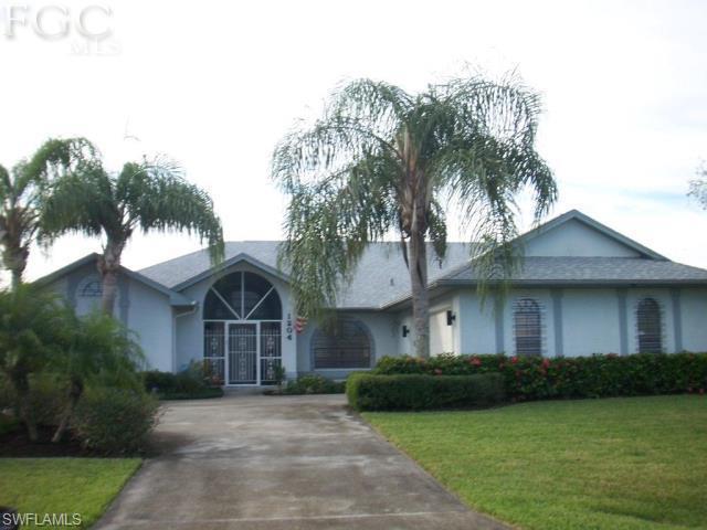 Palmetto Pines Count, Cape Coral, florida