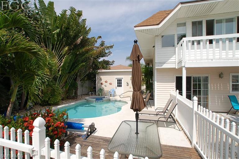 Flamingo Bayou, Fort Myers Beach, Florida Real Estate