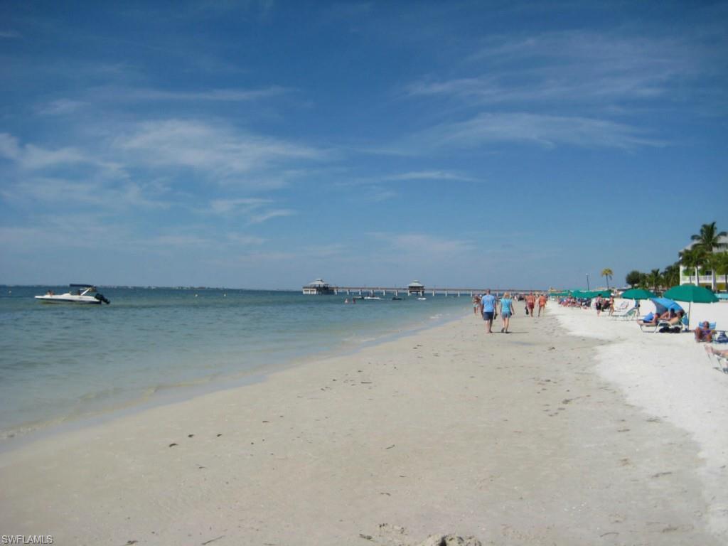 Crescent Shore Condo, Fort Myers Beach, florida