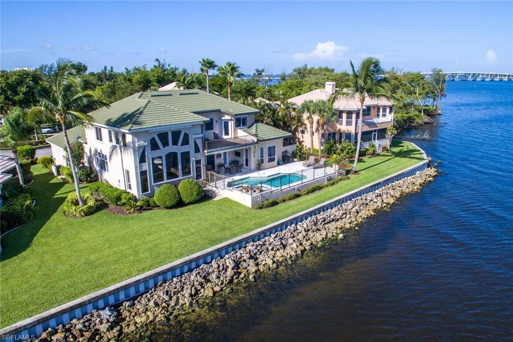Caloosa Yacht & Racquet Club, Fort Myers, Florida Real Estate