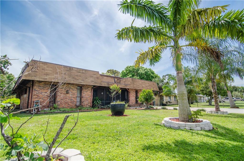 Pine Subdivision, Fort Myers, florida