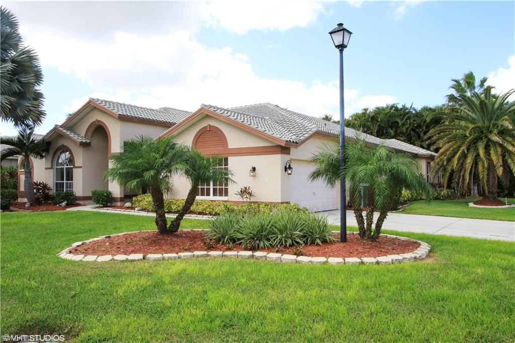 Cross Creek Estates, Fort Myers, Florida Real Estate