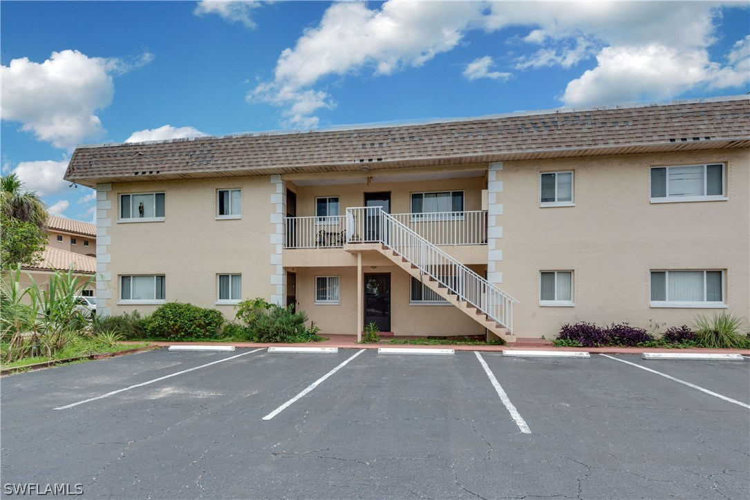 Woodbriar Condo, Fort Myers, florida
