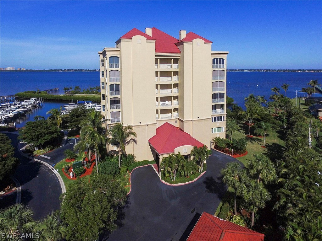 Harbour Isle Yacht & Racquet Club, Fort Myers, Florida Real Estate