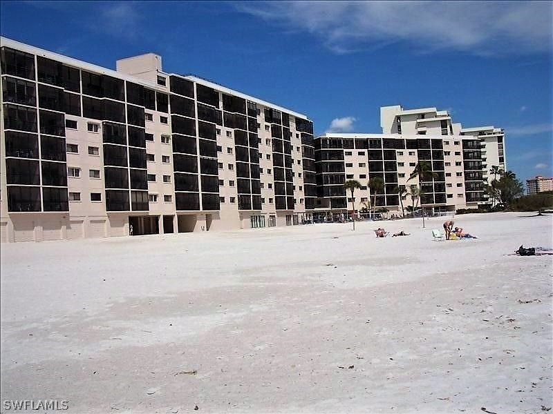 Carlos Pointe, Fort Myers Beach, florida
