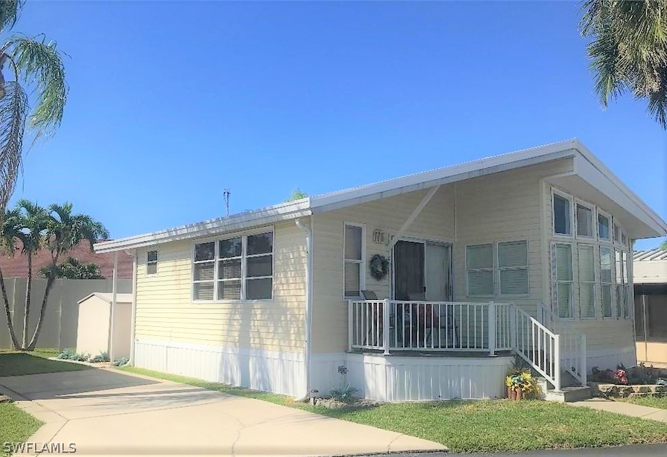 Holiday Condo Inc, Fort Myers, florida
