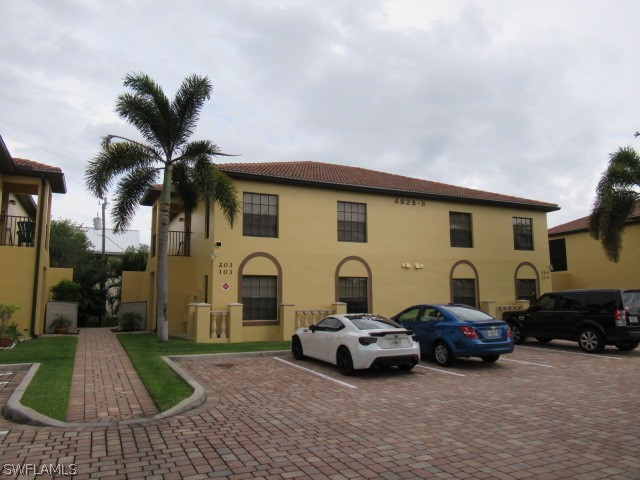 Bellagio Gardens, Cape Coral, florida