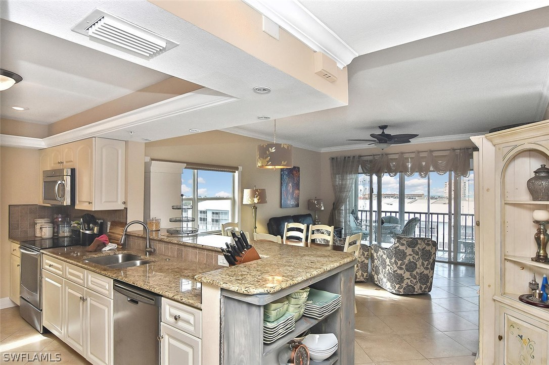Hibiscus Pointe, Fort Myers Beach, florida