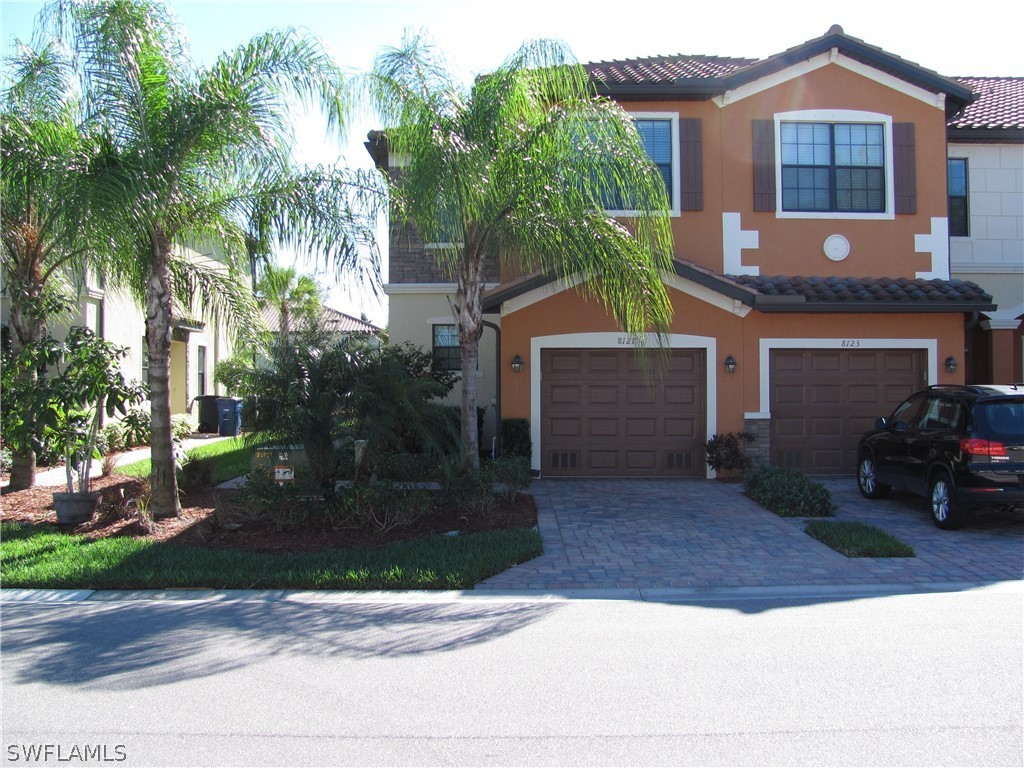 Summerlin Place, Fort Myers, Florida Real Estate