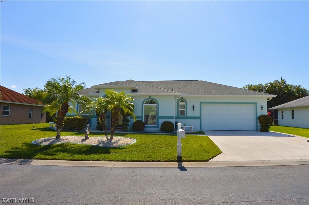 Swan Lake South, Fort Myers, Florida Real Estate