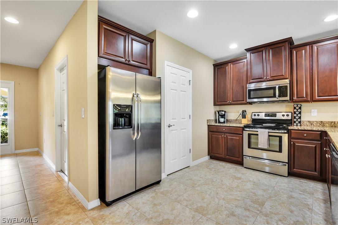 220049179 Property Photo