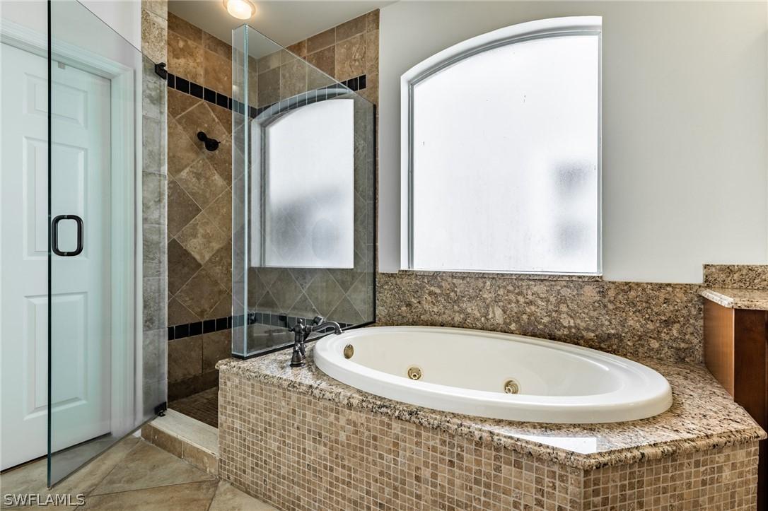 220054000 Property Photo