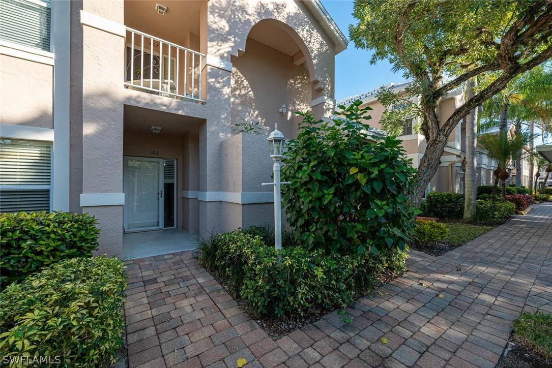 Vanderbilt Lakes, Bonita Springs, Florida Real Estate