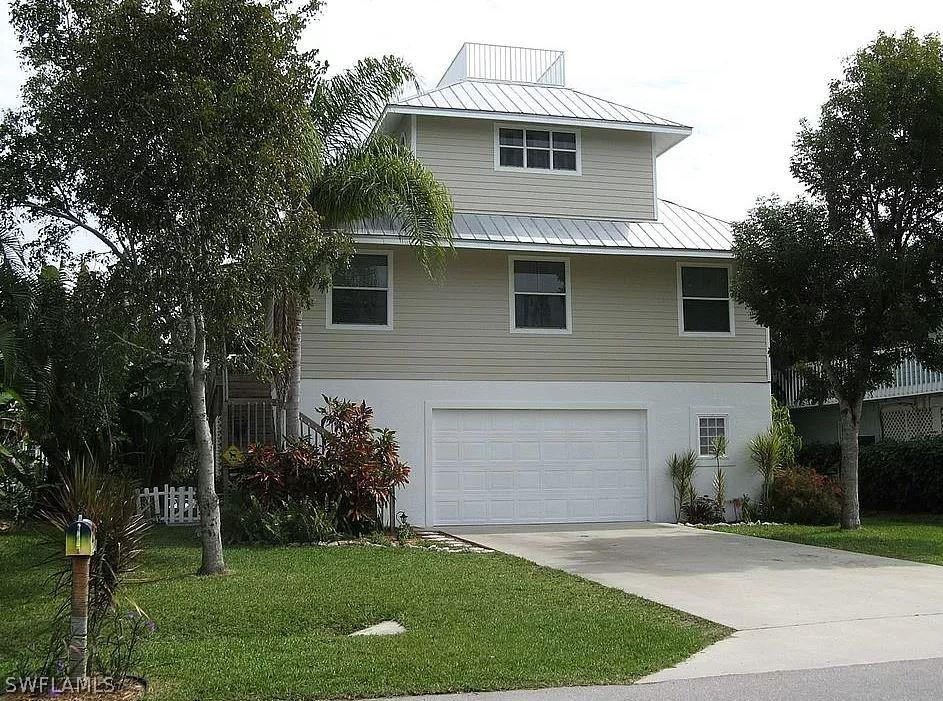Gulf Harbor, Naples, Florida Real Estate