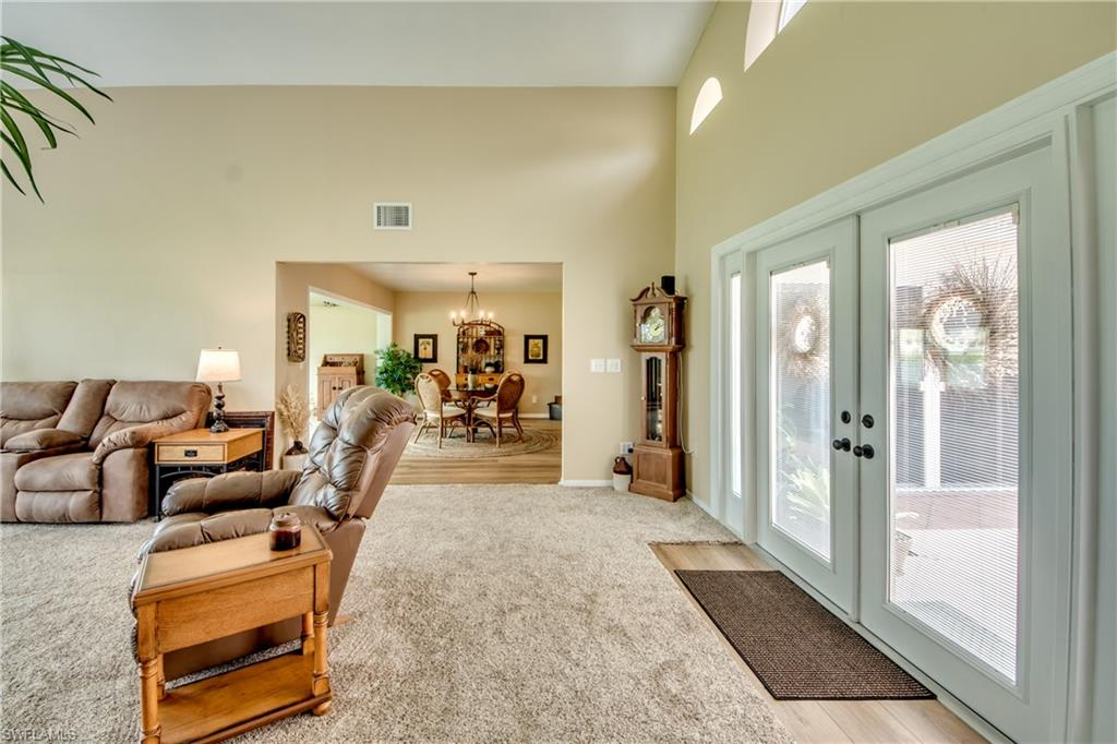 221063399 Property Photo