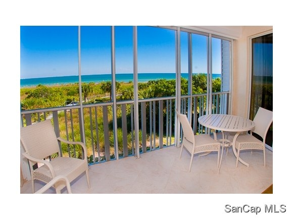 Shell Island Beach Club, Sanibel, Florida Real Estate