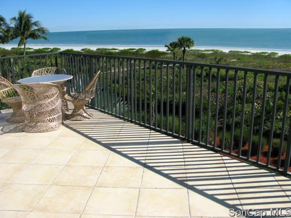 Clam Shell, Sanibel, Florida Real Estate