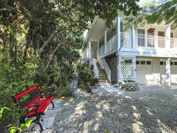 Island Woods, Sanibel, Florida Real Estate