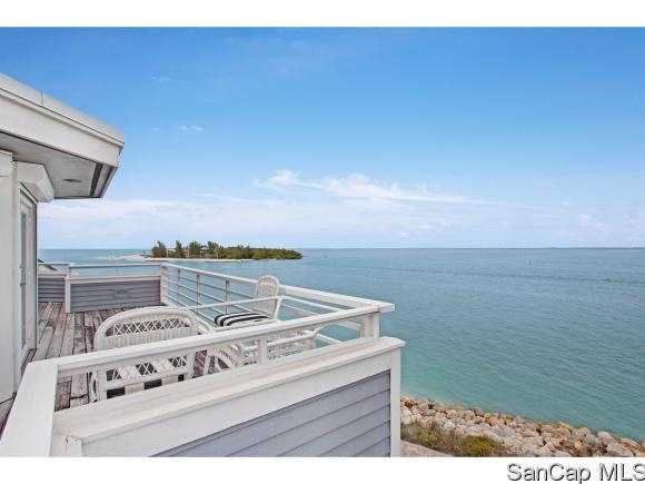 Land's End Village, Captiva, Florida Real Estate