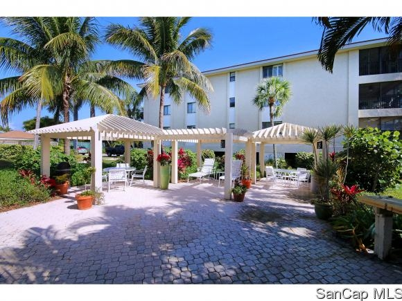 Sanddollar, Sanibel, Florida Real Estate