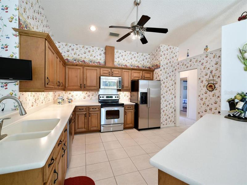 A4451254 Property Photo