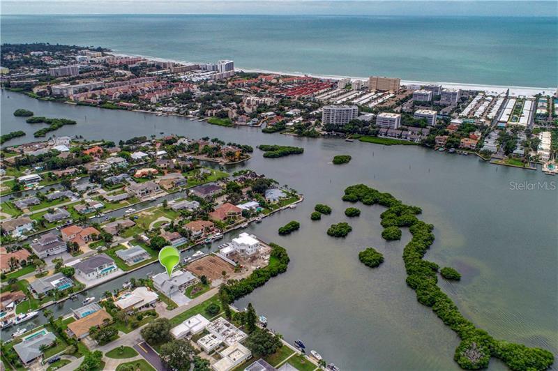 Aqualane Estates, FL