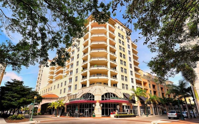100 Central, Sarasota, FL