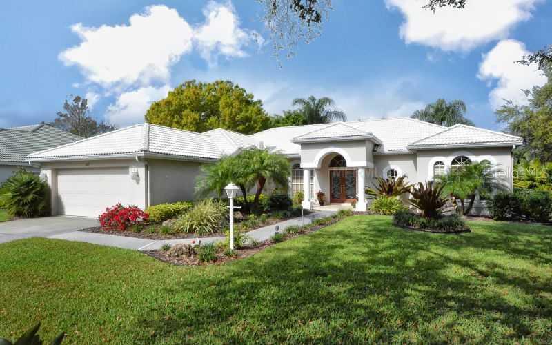MLS# N5783850 Property Photo